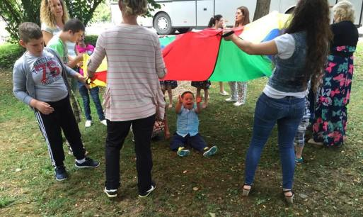 Children and the Parachute